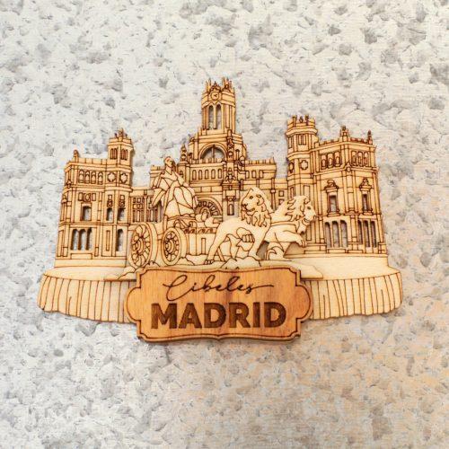 Aimant en bois. Cibeles Madrid